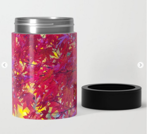 Red maple leaves print can cooler